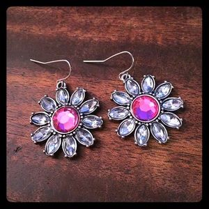 Jewelry - Rhinestone Flower Earrings New Pink and Crystal